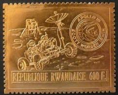 Rwanda Ruanda 1972 OCBn°  450A *** MNH Cote 150 Euro Apollo 15 Bladgoud Feuille D'or - 1970-79: Mint/hinged