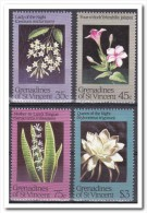 Grenadines Of St. Vincent 1984, Postfris MNH, Flowers - St.-Vincent En De Grenadines