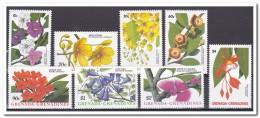 Grenadines Of St. Vincent 1988, Postfris MNH, Flowers - St.-Vincent En De Grenadines