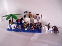 Lotto  Lego / SET : FORTINO - VELIERO - BARCHE - Lego