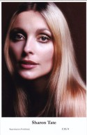 SHARON TATE -  Film Star Pin Up - Publisher Swiftsure Postcards 2000 - Entertainers