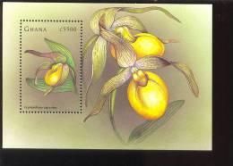 GHANA  2042 ;MINT NEVER HINGED SOUVENIR SHEET OF FLOWERS - ORCHIDS - Plants