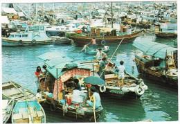 Hong Kong : Floating People In Castle Peak Bay, N.T. Hongkong - China (Hongkong)