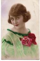 N° 17 : FANTAISIE FEMME : Belle A La Rose - Femmes