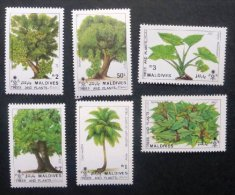 Selection Of 6 Mint/MNH Stamps From Maldives Issued 1987 Trees/Plants No TH-617 - Maldives (1965-...)