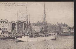 CPA:Dunkerque:Quai Des Hollandais:Bateau Islandais - Dunkerque