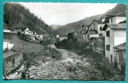 64 - ARNEGUY  VALCARLOS -frontière Franco Espagnole- 2 Scans - 1955 Voyagée - Cpsm P.f. - état Bon - Edit. E.C. - Arnéguy