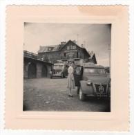 Photo Originale La CITROEN 2CV Du 04 En Vacances à VALBERG Hôtel Blanche Neige Autocar Saint Raphael - Automobiles