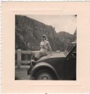 Photo Originale La CITROEN 2CV Du 04 En Vacances Dans Les Gorges De Daluis - Automobiles