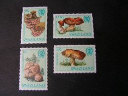 == Swaziland  1984 Pilze 462-465   ** MNH     €  10,00 - Swaziland (1968-...)