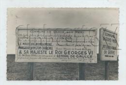 Graye-sur-Mer (14) : Le Panneau Provisoire Commémorant Le Débarquement à Juno Beach Seconde Guerre Mondiale En 1949  PF. - Andere Gemeenten