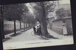 LA VARENNES SAINT HILAIRES - France