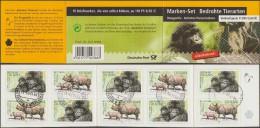 Allemagne 2001 Y&T C2036. Carnet De Timbres Auto-adhésifs. Gorilles Des Montagnes Et Rhinocéros Unicorne De L'Inde - Gorilles