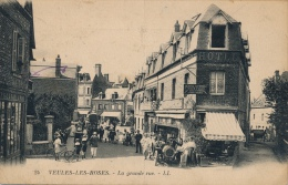 76 - VEULES-LES-ROSES - Seine-Maritime - La Grande Rue - Veules Les Roses