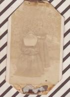 6AI1101 PHOTO CDV Religieuse 6.4 X 10.5 CM Coins Coupés Photographie Des Ecoles - Alte (vor 1900)