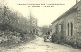 89-LA PIERRE-QUI-VIRE-Monastère De Sainte-Marie-Restaurant  Animé Attelage - Autres Communes