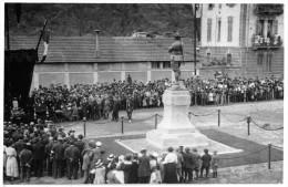 """04115 """"VILLAR PEROSA (TO) CERIMONIA AL PIAZZALE DEL MON.TO ALL'ALPINO, ANTISTANTE LO STAB.TO RIV-ANNI '20 XX SEC."""" FOTO - Foto Dedicate"""