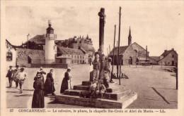 CONCARNEAU: Le Calvaire, Le Phare, La Chapelle Ste-Croix Et Abri Du Marin - Concarneau