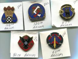 C9 LOT DE 5 INSIGNES US USA DI CREST ARCOM ARMY RESERVE COMMAND - Esercito
