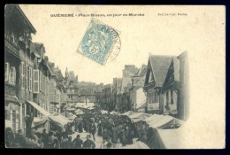 Cpa Du 56  Guéméné  Place Bisson , Un Jour Du Marché --   LIOB17 - Guemene Sur Scorff