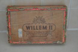Tobacco Box Willem II Sigaren Fabriken Walkens Ward - Holland - Empty Tobacco Boxes