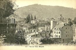 Royat. Vue Sur La Fabrique De Chocolat De Royat Et Le Vieux Royat . - Royat