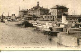 N°48892 -cpa Calais -la Gare Maritime- - Commerce
