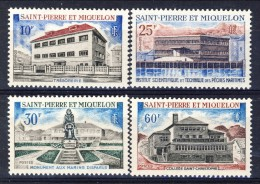 S. Pierre Et Miquelon 1969 Serie N. 387-390 Monumenti E Edifici MNH Catalogo € 49 - St.Pierre & Miquelon
