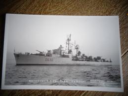 Escorteur D'escale Tartu 0636  D - Warships