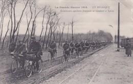 ECLAIREURS CYCLISTES FRANCAIS SE RENDANT A YPRES CIRCULE EN 1914 - Guerre 1914-18