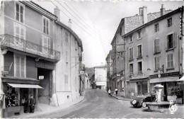 AMBERIEU EN BUGEY  AIN   7 LA PLACE SANVILLE EDIT. LES TIRAGES MODERNES - Autres Communes