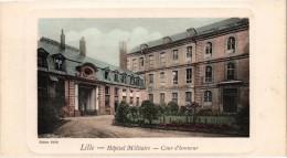 Très Très Rare - Très Bon état - LILLE (59) Carte Format 14 X 7,7 - L'Hôpital Militaire - Cour D'honneur - Lille