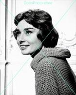 Audrey Hepburn - 0291 - Glossy Photo 8 X 10 Inches - Berühmtheiten