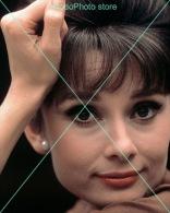 Audrey Hepburn - 0302 - Glossy Photo 8 X 10 Inches - Berühmtheiten