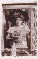 RP: Actress Miss Mabel Love Holding A Bird Cage , 00-10s - Théâtre