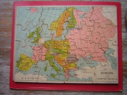 ANCIEN PUZZLE 16 PIECES  29 X 21 CM EN BOIS ( CP ) ET PAPIER   CARTE DE L'EUROPE - Puzzle Games