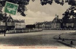 61 LE HARAS DU PIN  Vue Prise De L´Avenue De La Forge - France