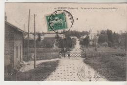 RUMIGNY - Le Pasage à Niveau  Et Avenue De La Gare - Autres Communes