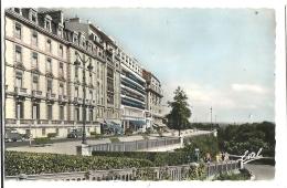 Cp, 64, Pau, Boulevard Des Pyrénées - Pau