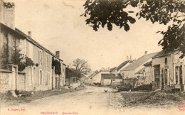 52  PRESSIGNY       Grande Rue - France