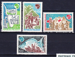 MADAGASCAR 1974 YT N° 538 Et 539 + PA 135 Et 136 ** - Madagascar (1960-...)