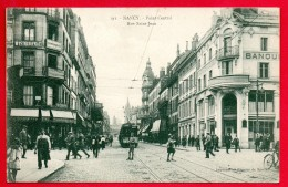 54. Nancy. Scène De Vie Rue Saint-Jean. - Nancy