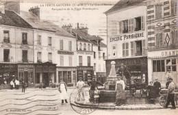 FERTE GAUCHER PLACE MONTESQUIOU RESTAURANT EPICERIE FONTAINE - La Ferte Gaucher