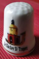 Dé à Coudre - Saint Tropez (83 Var - France Côte D'azur) Le Clocher, Dessin Sur Porcelaine - Ditali Da Cucito