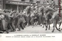 PARIS CHOCOLAT MASSON LE SERVICE D'ORDRE BOULEVARD MALESHERBES CAVALIER POLICIER MILITAIRE 75008 - District 08