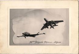 CARTE DE VOEUX DE LA 94  EME BRIGADE AERIENNE DE COGNAC DE 1958 AVION A REACTION EN PHOTO - Aérodromes