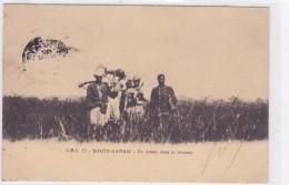 Afrique - Haute Gambie - En Chasse Dans La Brousse - Gambie