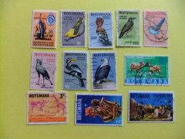 BOTSWANA 1967 LOTE De 12 Sellos Diferentes  FAUNA  - NAVIDAD - BIRD - Botswana (1966-...)
