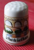 Dé à Coudre - Pont Du Gard Nimes (30)  Dessin Sur Porcelaine - Ditali Da Cucito