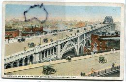 - SUPERIOR AVENUE BRIDGE OVER CUYAGA RIVER, Cleveland, Ohio, Cars, Splendide, Non écrite, BE, Scans. . - Cleveland